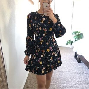 Forever 21 Black Long Sleeve Floral Mini Dress S